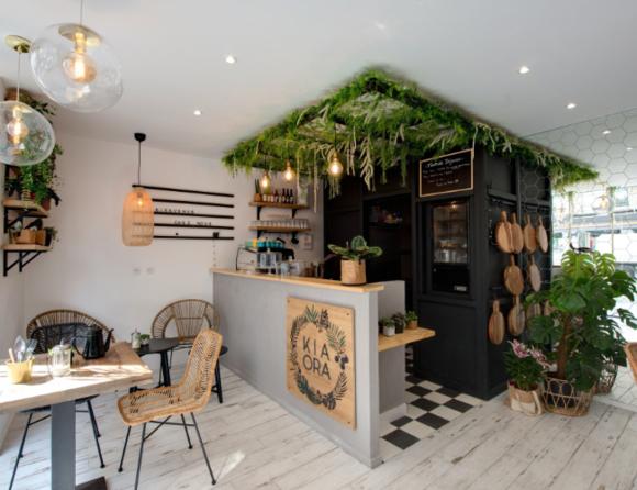 Décoration intérieure du café restaurant Kia Ora